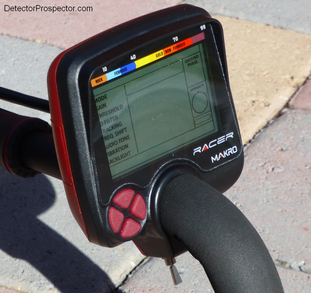 makro-racer-display-pod.jpg