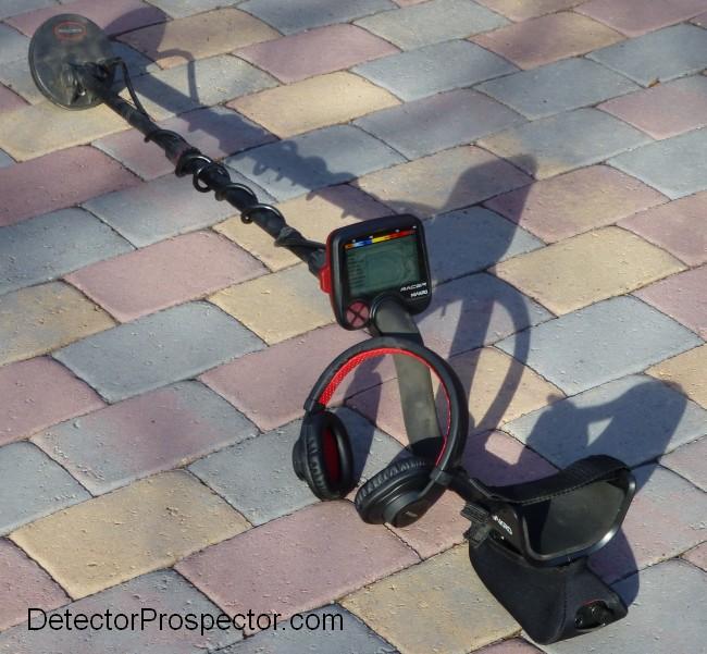 makro-racer-5-dd-wireless-headphones.jpg