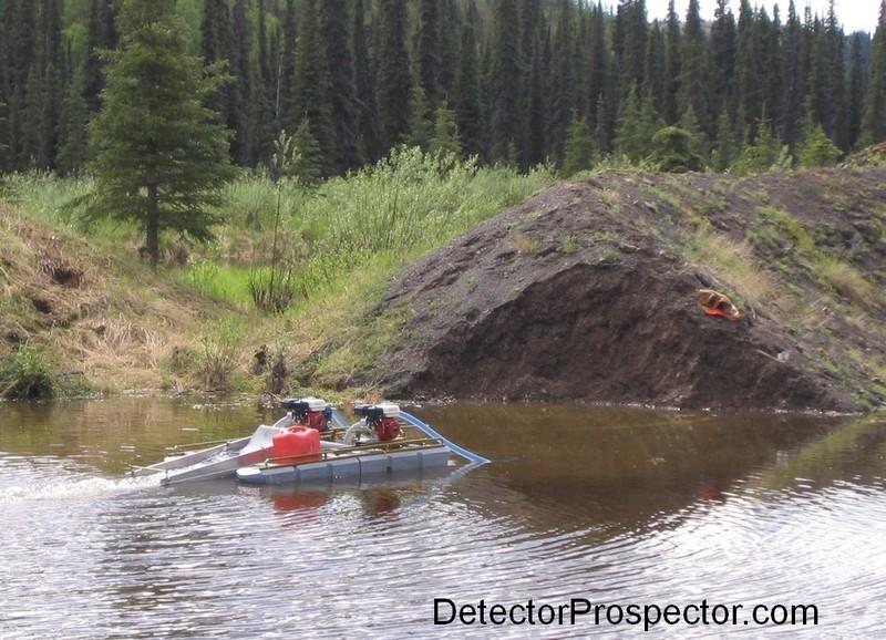 6-dredge-sampling-tailing-pile-moore-creek.jpg