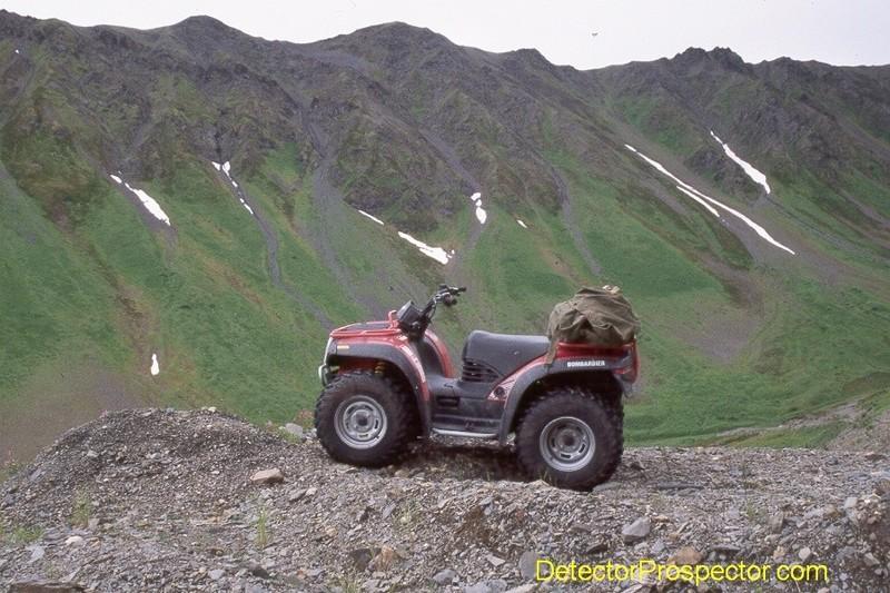 bombardier-traxster-at-petersville-alaska.jpg