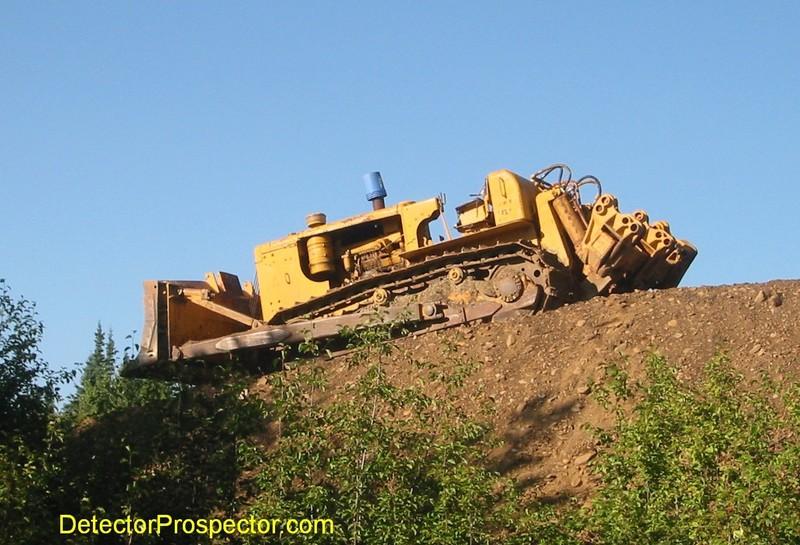 broken-down-d9-bulldozer-moore-creek.jpg