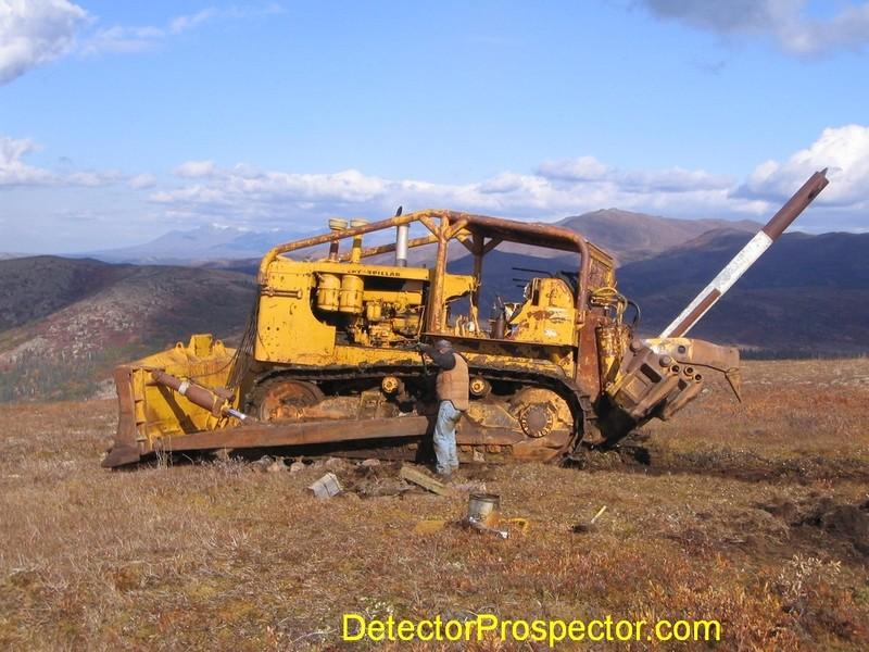 d9-bulldozer-gets-unstuck.jpg
