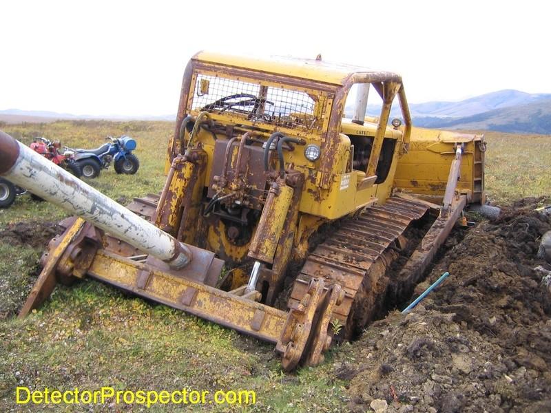 d9-bulldozer-stuck-in-muck.jpg