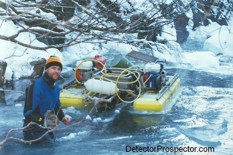 Steve breaks up the ice around his dredge - Photo by Rich Lampright