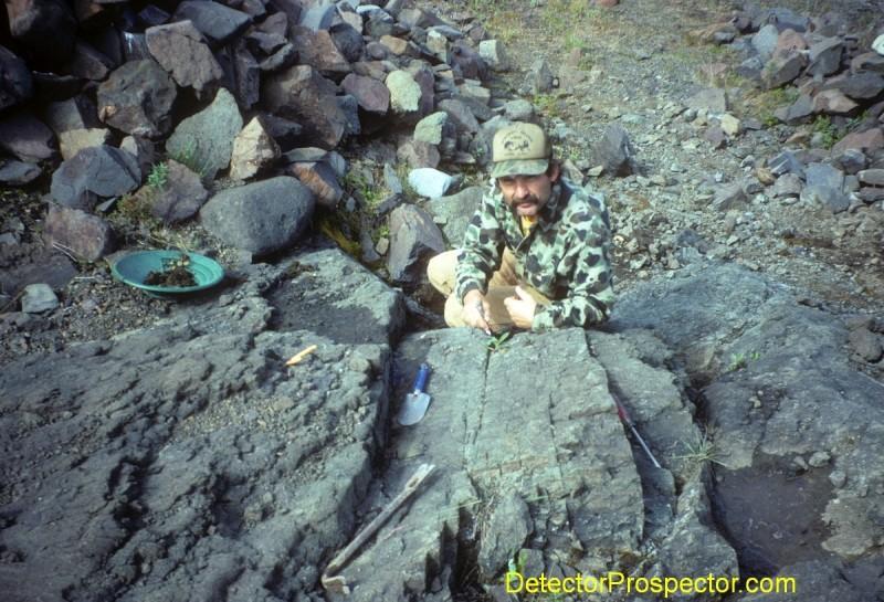 crevicing-bedrock-for-gold.jpg