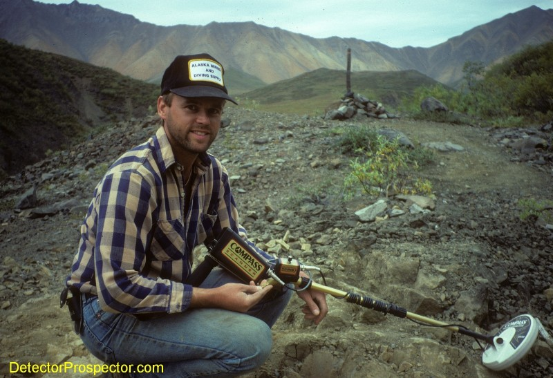 steve-with-6-dwt-gold-nugget-compass-scanner-pro.jpg