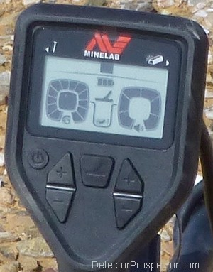 minelab-gold-monster-1000-control-panel-display.jpg
