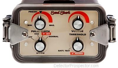 tesoro-sand-shark-control-panel-display.jpg