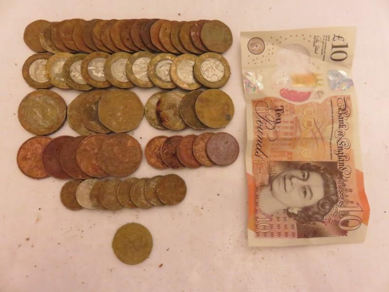38) £27.05p FOUND 20-07-19 EQ.JPG