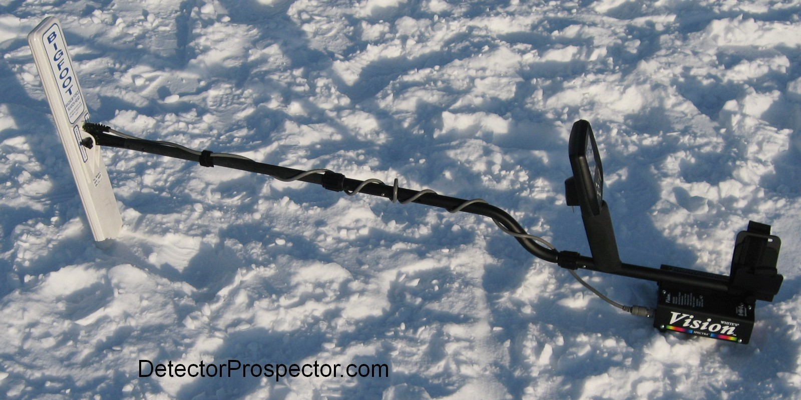 whites-vision-metal-detector-with-bigfoot-coil.jpg