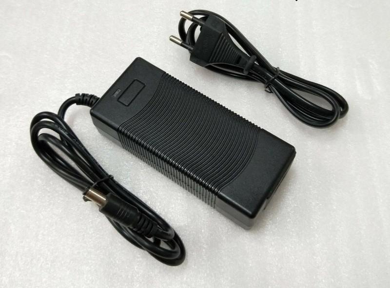 charger.thumb.jpg.925276351ea5fd8c981c441aaec10c17.jpg