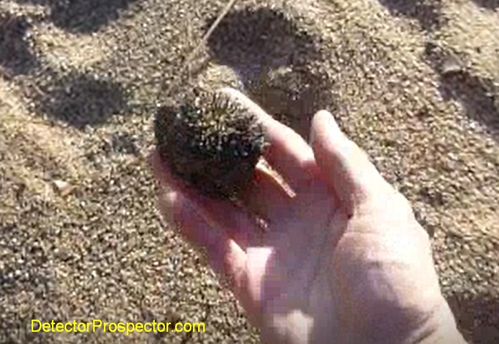 lake-tahoe-magnetite-sand-ball.jpg