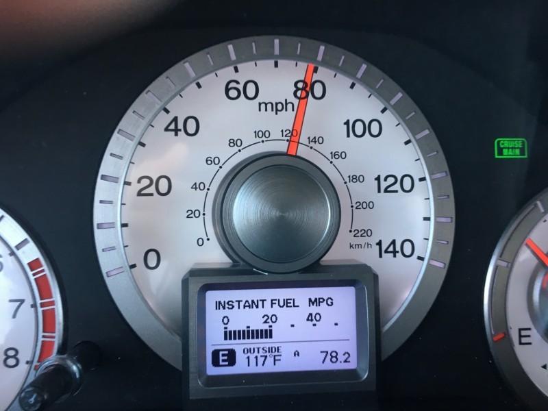 speedometer.JPG.e4a59ff60239127163ae0947341a3775.JPG