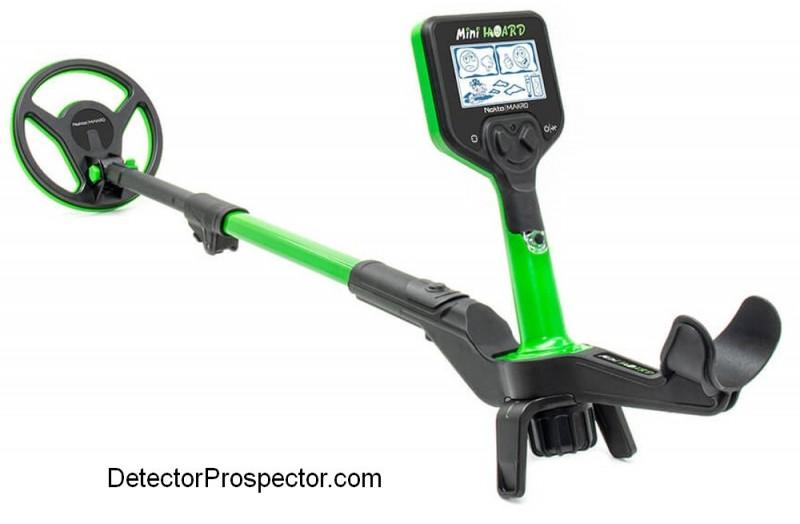 nokta-makro-mini-hoard-metal-detector.jpg